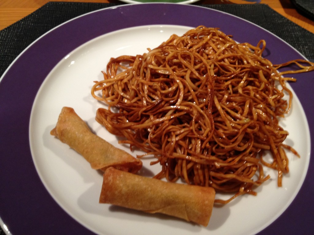 Now THAT'S a proper plate. Those noodles were delicious, and the spring rolls were great as well.