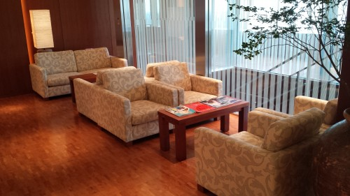 The sitting/waiting area on the 28th floor.