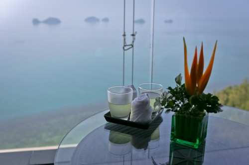 Welcome drinks and the view from the lobby.